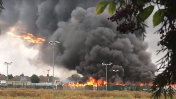 Northfleet blaze: Derelict building fire 'suspicious'
