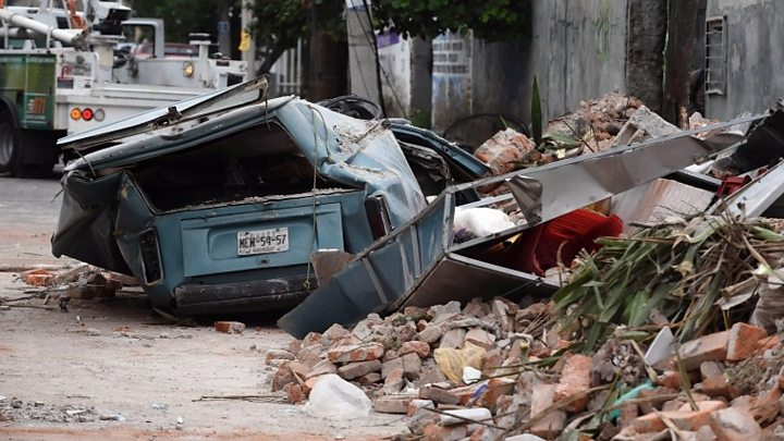 Mexico earthquake: Death toll rises as rescue effort begins