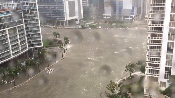 Las calles de Miami están completamente inundadas