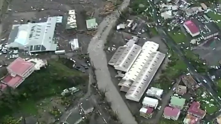 Engineers inspecting Puerto Rico's cracked dam that could 'collapse at any minute'