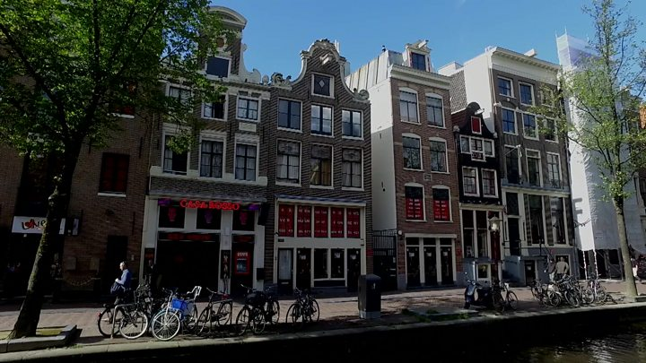 Amsterdam bans beer bikes amid complaints about drunk tourists