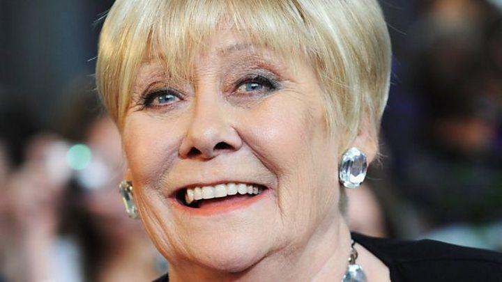 Liz Dawn: Coronation Street stars pay tribute to 'amazing' actress