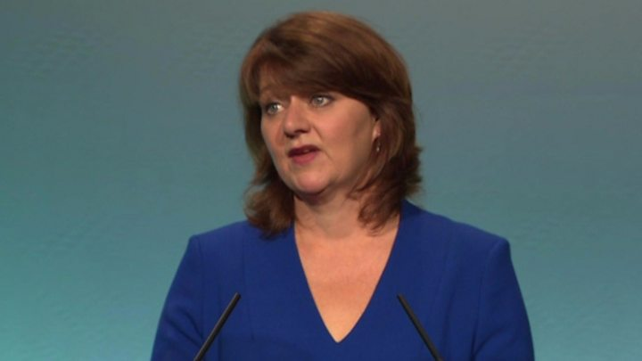 Plaid Cymru needs to earn trust of voters, Leanne Wood says