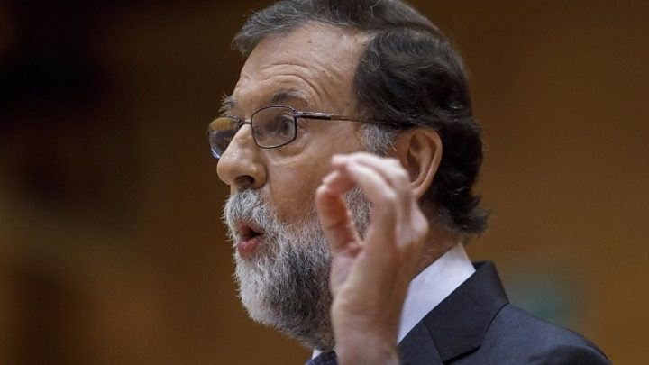 Catalan crisis: Spain PM Rajoy demands direct rule