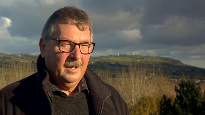 Sammy Wilson warns Brexit talks may jeopardise DUP-Tory deal