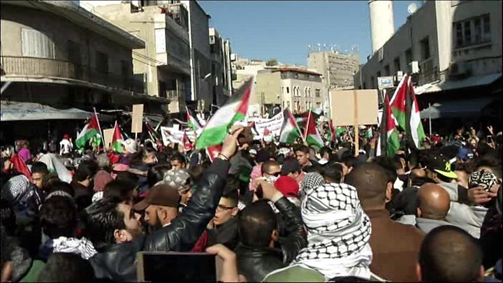 Thousands protest Jerusalem recognition in Lebanon