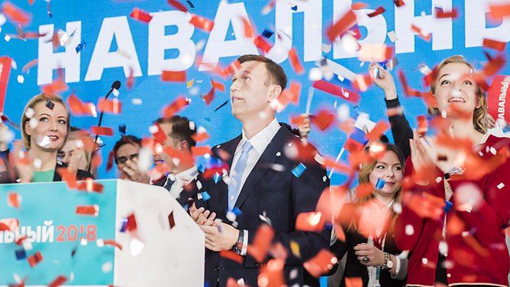 Навальный объявил облокировке его видео наYouTube из-за хэштегов
