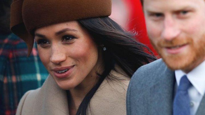 Meghan Markle Christmas.Royal Family Attend Christmas Service