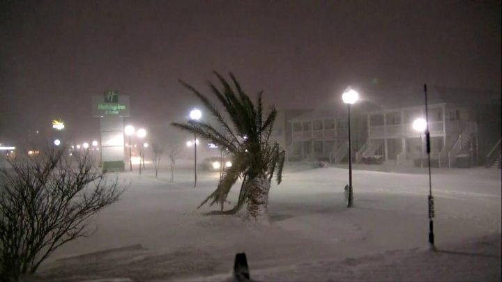 More than a dozen dead as powerful blizzard batters USA  east coast