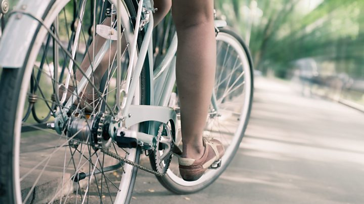What is stopping women from cycling  - BBC News 5a2d5d7b3