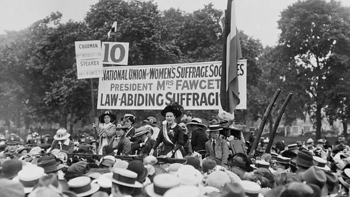 Theresa May leads suffragette statue unveiling