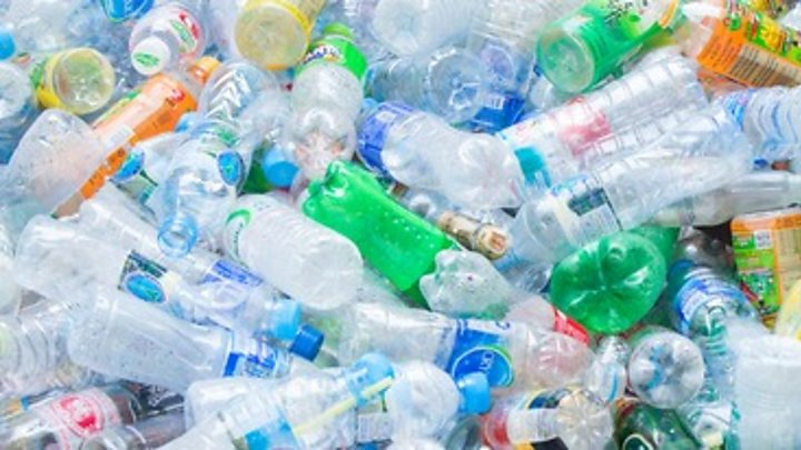 United Kingdom plans plastic bottle charge to tackle pollution