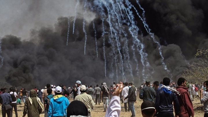deadly unrest on gaza israel border as palestinians resume protests