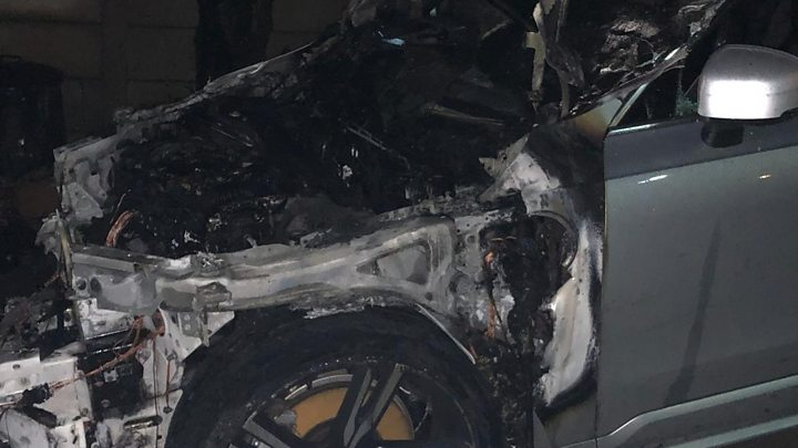 Volvo Garage Amsterdam : Hybrid volvo car bursts into flames on birmingham drive bbc news