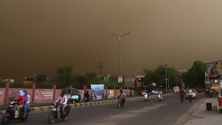 Deadly dust storms hit India