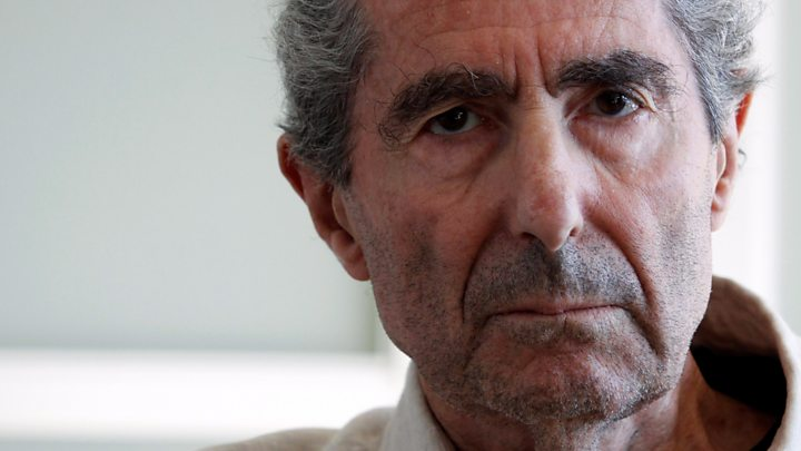 Pulitzer-winning author Philip Roth dead at 85