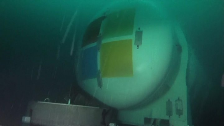 Media playback is unsupported on your device                  Media captionWATCH Microsoft's underwater data centre