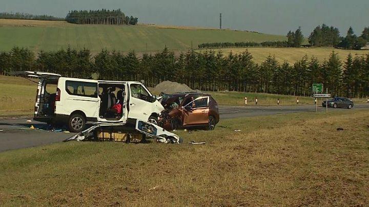 Five dead after minibus crash