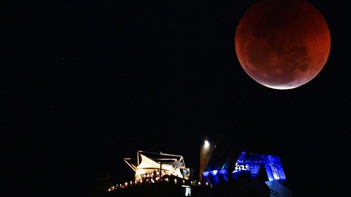 'Blood moon' delights (most of) the world