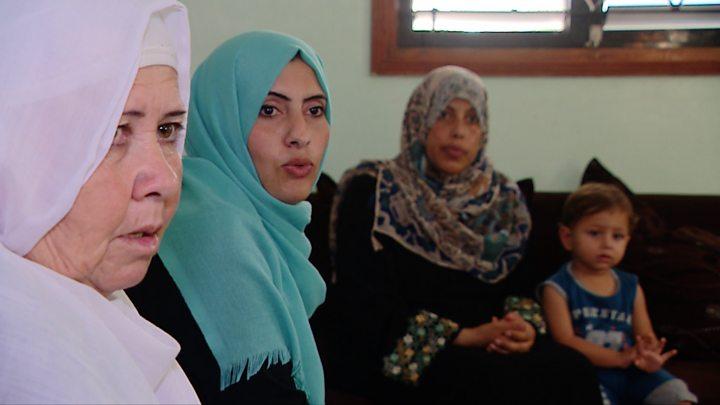 حصار غزة: حكايات مأساوية عن المعركة مع السرطان