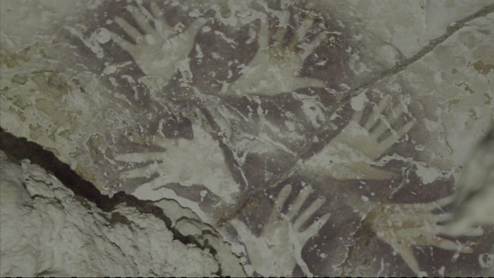 Cave painting in Indonesia at least 40,000 years old