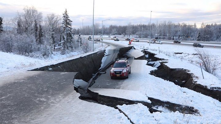 Alaska earthquake: Anchorage rocked by aftershocks