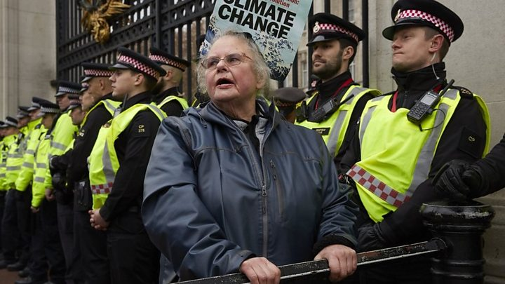 Extinction Rebellion: Granddad risking jail for grandson's future