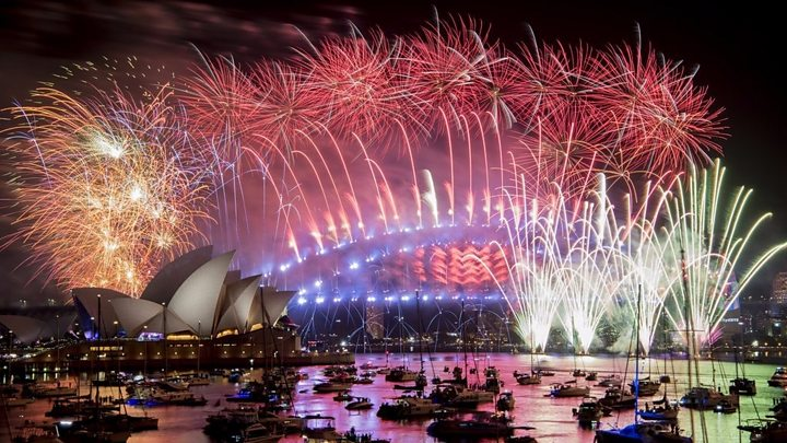 New Year celebrations: UK welcomes in 2019