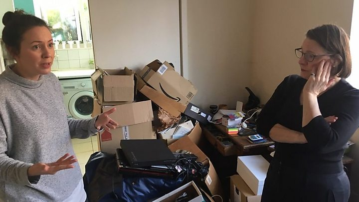 Professional declutterers making space to earn cash
