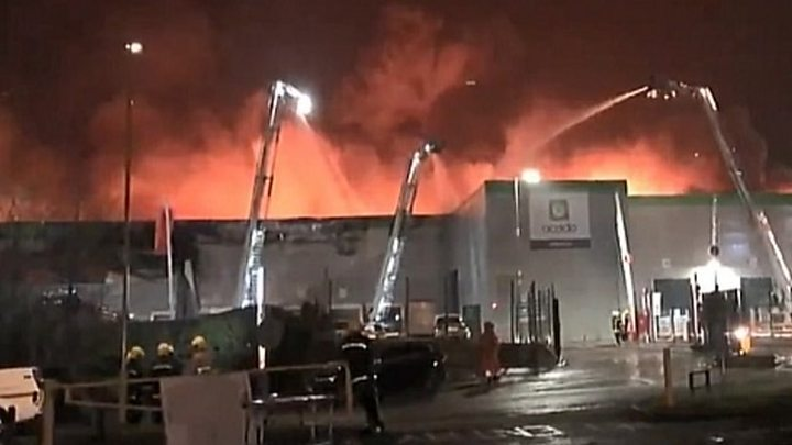 Ocado warehouse fire: Homes evacuated amid 'explosion risk'