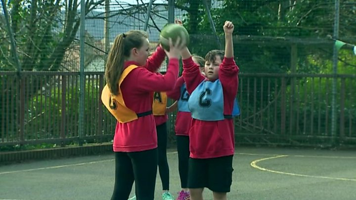p070qn2z - Boys banned from netball competition