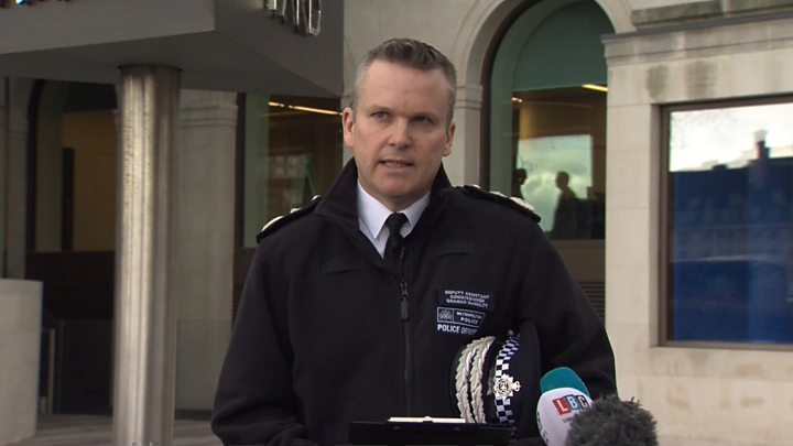 'Tackling violent crime remains Met priority'