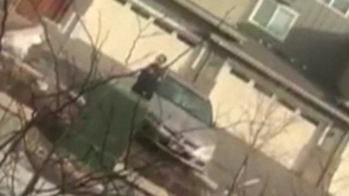 Colorado officer quits after confronting rubbish picker