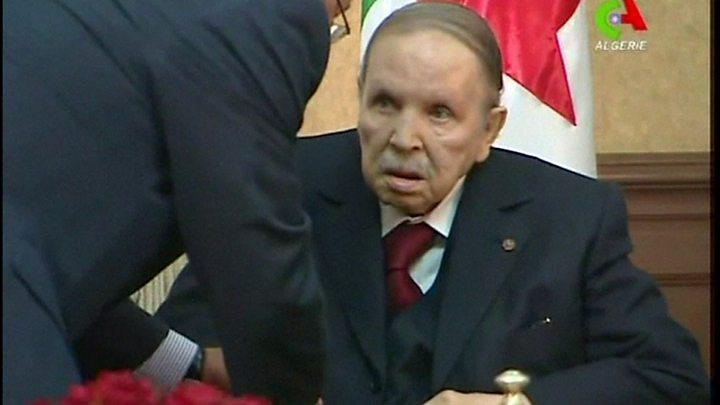 معترضان الجزایری 'بزرگترین تجمع' خود را علیه بوتفلیقه برگزار کردند