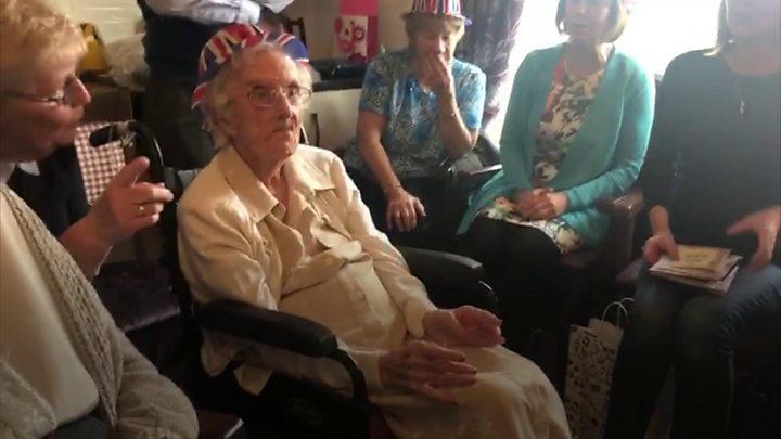 UK's oldest girl Hilda Clulow dies aged 111 thumbnail