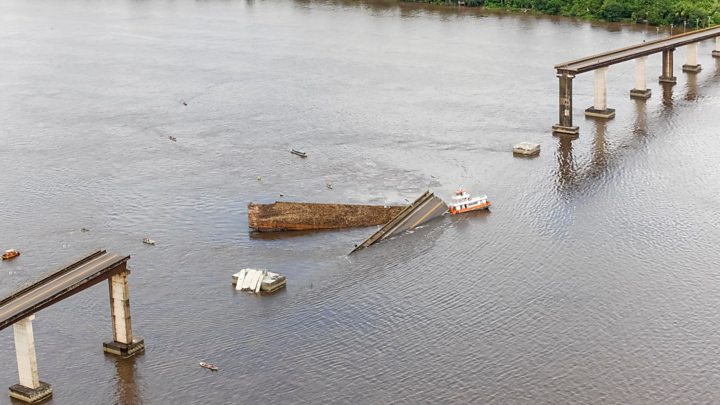 Brazil bridge collapses in Pará state after ferryboat hit