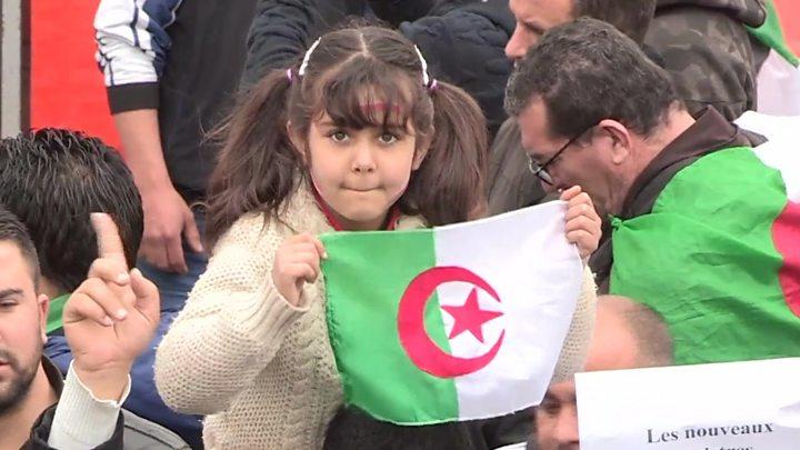 مظاهرات الجزائر: استدعاء أحمد أويحيى رئيس الوزراء السابق ومحمد الوكال وزير المالية الحالي