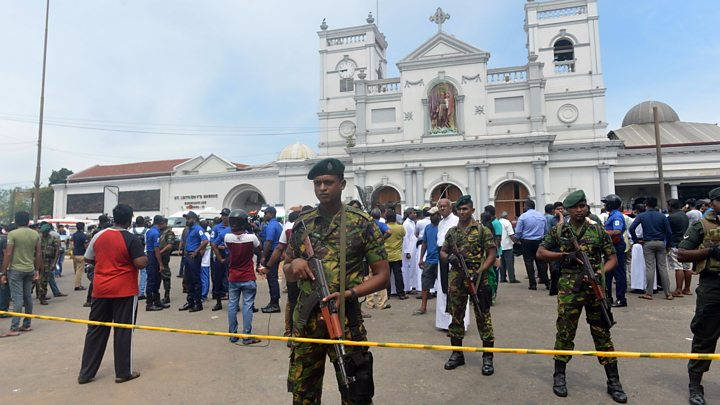Death toll nears 300 in Sri Lanka church, hotel bombings