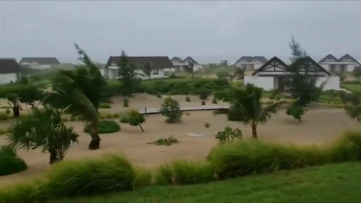 Cyclone Kenneth: Flooding feared as heavy rains hit Mozambique