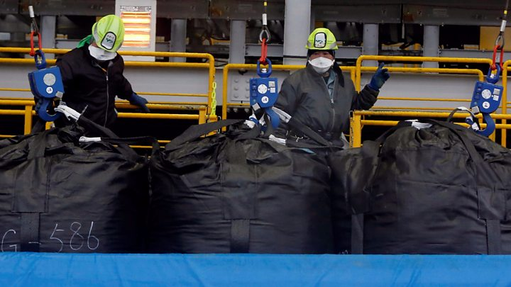 Minister calls for dumping Fukushima plant treated water into ocean