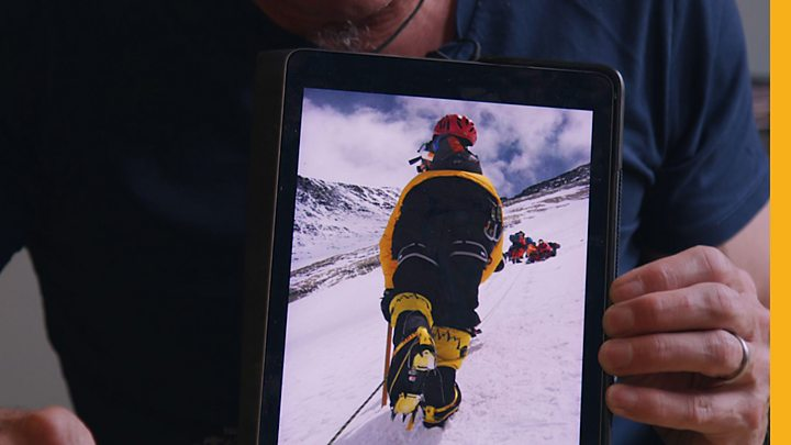 What's it like to queue on Everest?