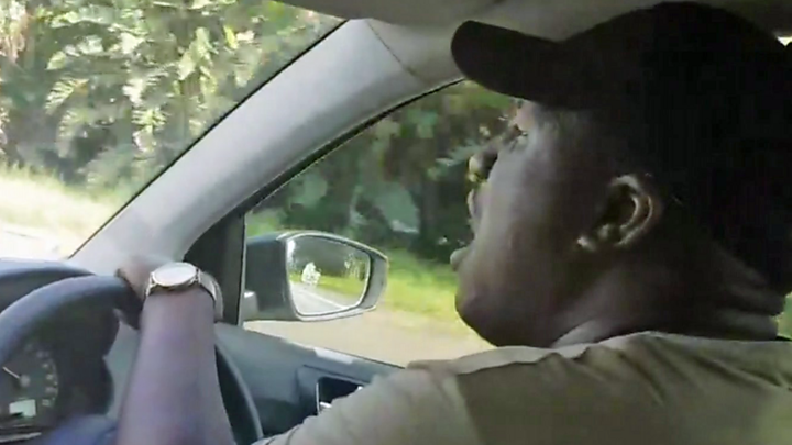 The singing Uber driver
