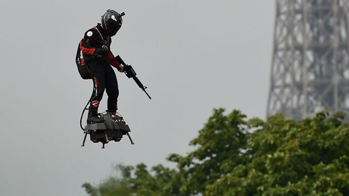 French hoverboard pioneer attempts Channel crossing