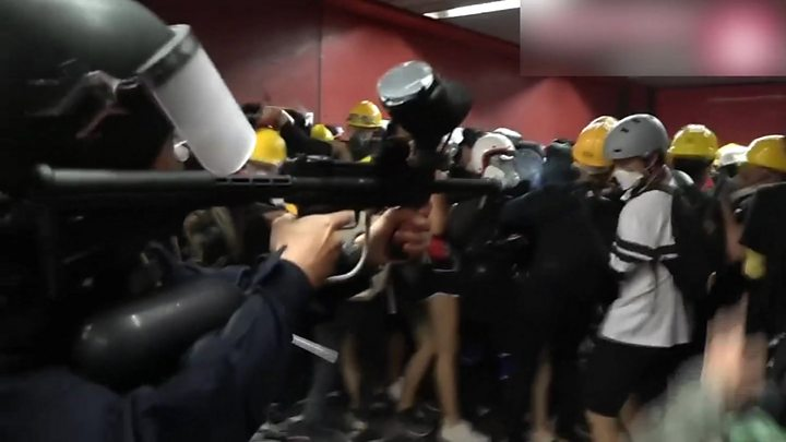Violence erupts in HK train stations