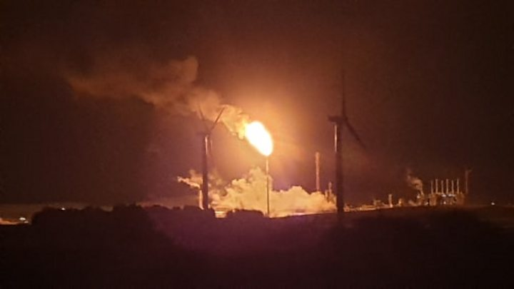Concerns over Sepa's 'effectiveness' on flaring at Mossmorran in Fife