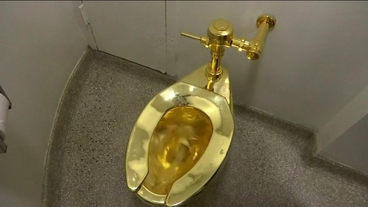 Fantastic Gold Toilet Stolen In Blenheim Palace Burglary Inzonedesignstudio Interior Chair Design Inzonedesignstudiocom