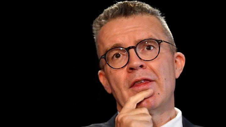 Labour's deputy Tom Watson condemns bid to oust him