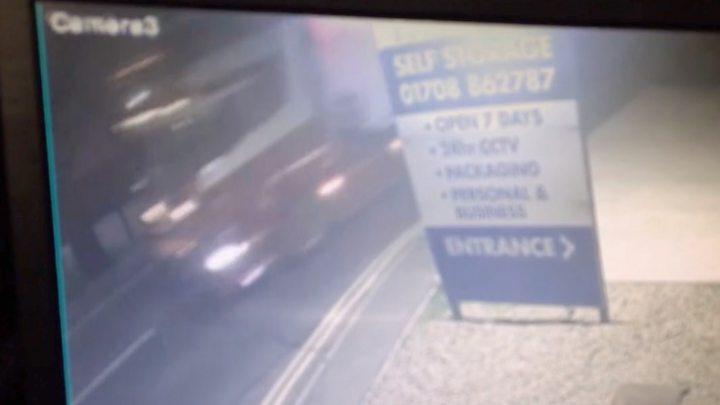 Essex lorry deaths: 39 found dead were Chinese nationals 3