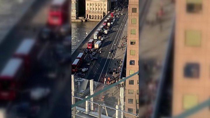 London Bridge: Two killed in stabbing attack 15