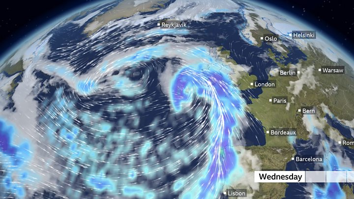 Heavy rain ahead of Christmas week